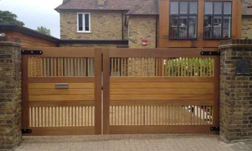 Contemporary driveway gates