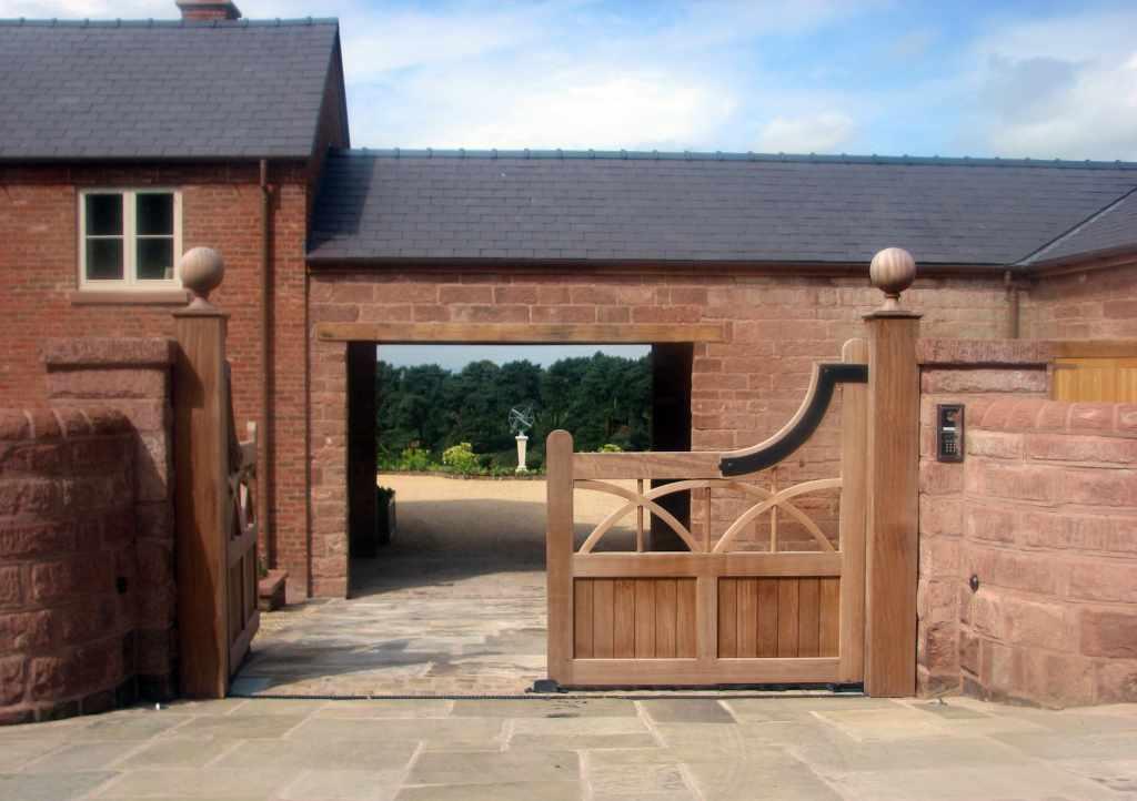 Bespoke Wooden Garden Gates Essex Uk The Garden