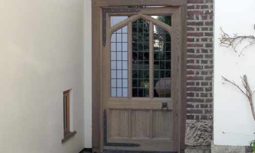 Custom hardwood gate