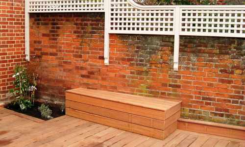 Decking with trellis