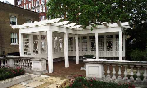 Custome pergola with bench seating