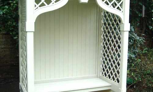 Detailed seating arbour
