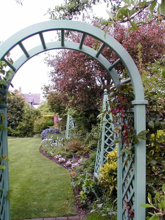 Contemporary Rose Arches Amp Arbours Essex Uk The Garden Trellis Company