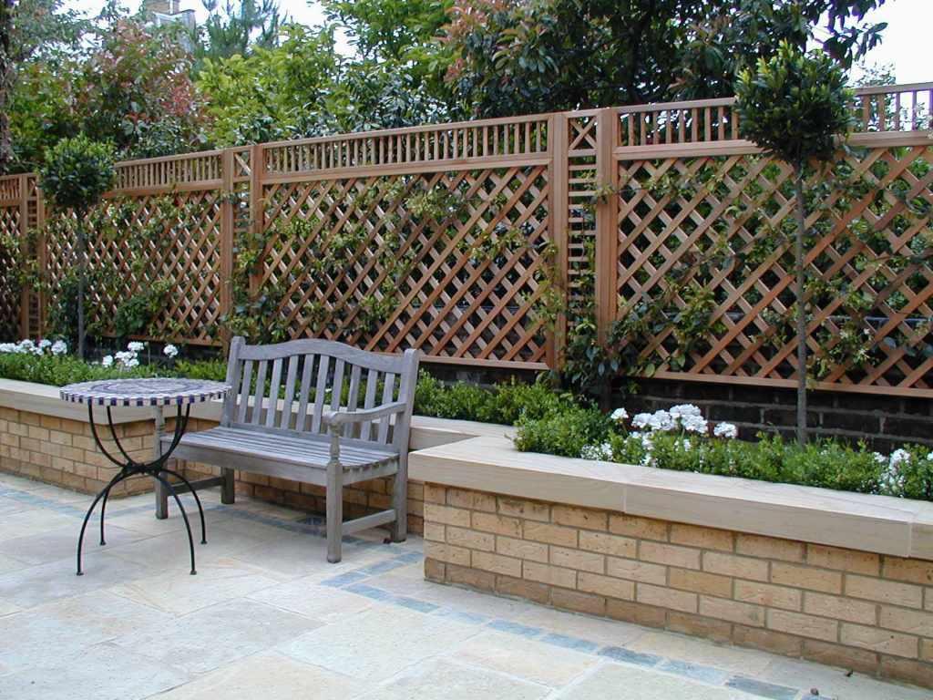natural bespoke trellis panels essex uk the garden. Black Bedroom Furniture Sets. Home Design Ideas