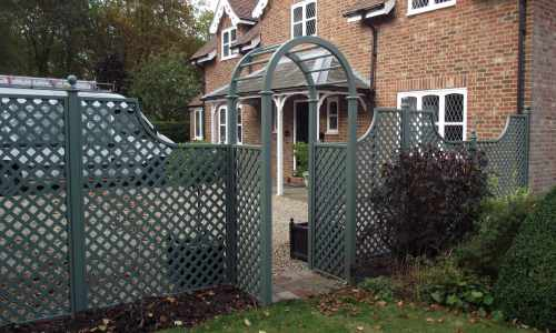 Trellis painted in Greenwich Green