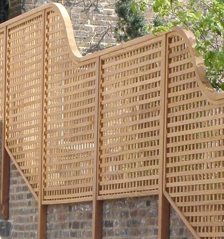 Wooden garden furniture structures panels gates for Contemporary garden trellis designs
