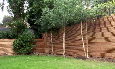 Contemporary hardwood fencing