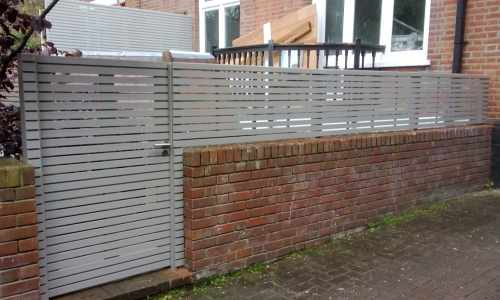 Painted slatted panels & gate
