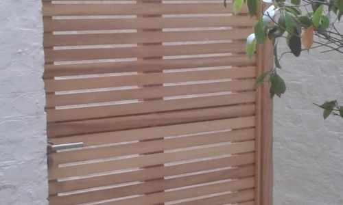 Bespoke slatted gate