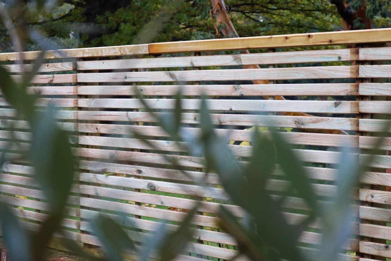 slatted fence panel the garden trellis company. Black Bedroom Furniture Sets. Home Design Ideas
