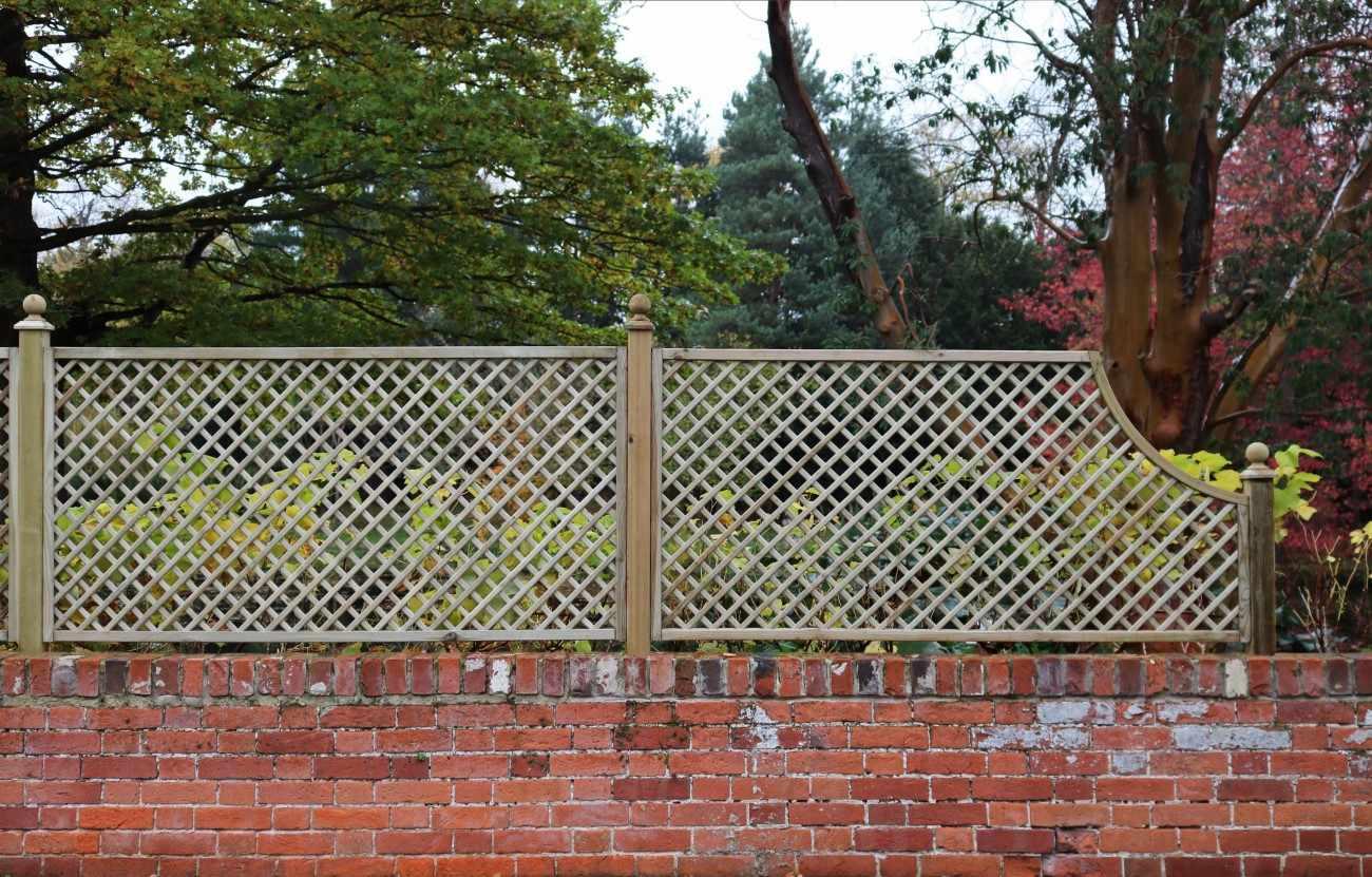 Diagonal Trellis Corner Arch Panel Garden Trellis Company