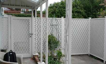 Bespoke trellis painted in Orford Cream