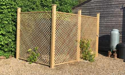 Natural diagonal trellis used to cover an oil tank